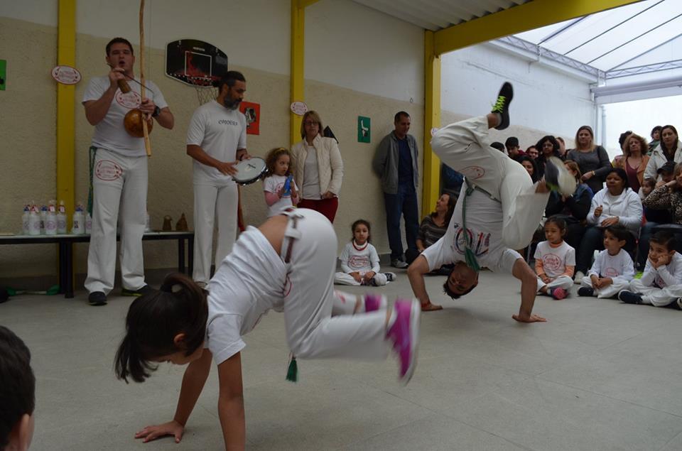 ed._inf_-_ativ_extra_curriculares_-_capoeira3